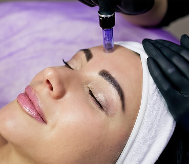 cocoona.ae-what-is-microneedling-how-does-microneedling-help-with-skin-rejuvenation-what-is-microneedling-how-does-microneedling-help-with-skin-rejuvenation.jpg